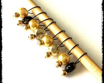 Snag Free Stitch Markers Small Set of 8 - Gold and Black Glass -- K15 -- Up to size US 8 (5.0mm) Knitting Needles