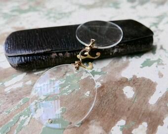 Antique Rimless Finger Piece Pince Nez E L V O Co