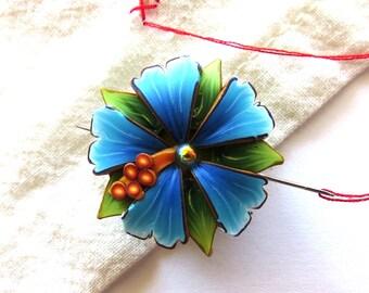 Tropical Blue Flower Needle Minder, Needle Nanny