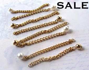 Vintage Gold Plated Curb Chain Charms with Plastic Faux Pearl And Metal Beads - Chain Extender (16X) (V433) SALE - 25% off