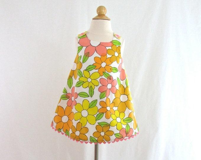 Girls Dress, Baby Dress, Toddler Dress, Retro Daisy Dress, Girls Pinafore, Sundress, Birthday Dress, Girls Dresses, Newborn to 4T