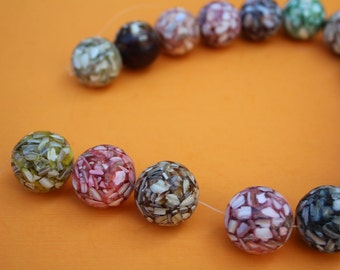 SUPPLY big resin beads strand
