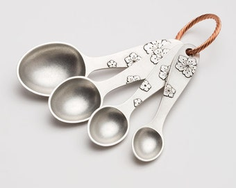 blossom measuring spoons - hand cast pewter