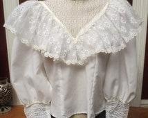 ON SALE Vintage Victorian 80's Romantic White Lace Blouse Small