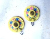 Sweet as Honey, Vintage Barrettes, Pair of Light Yelllow Hat Hair Clips with Pink Blue Flowers