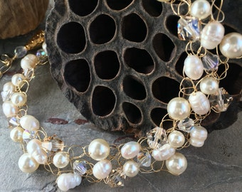 Wire Crochet Necklace - Swarovski Pearl and Crystal - Cream and Gold