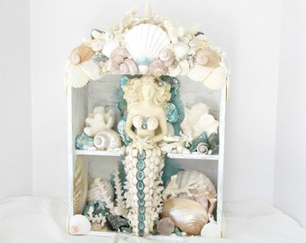 Mermaid Shrine,Mermaid Figurine,Shrine with Mermaid,Mermaid Grotto,Mermaid with Shells,Seashell Mermaid,Mermaid Sculpture,OOAK Shrine