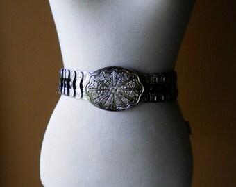 Women's 1970's Bohemian / Southwest Look Stretch Elastic Metal Belt