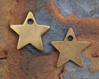 1 Antique Gold Star Charm, Nunn Design 13x13mm
