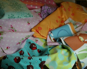 13 oz Fabric Scrap   Great for Small Craft Projects - Please Read Entire Description Before Purchasing