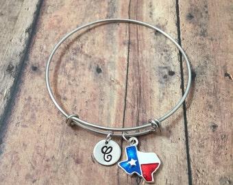 Texas initial bangle- Texas state bracelet, Lone Star state jewelry, Texas bangle, US state bracelet, Texas jewelry, Texas flag bracelet