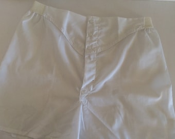 1960's Men's Boxer Shorts Snap Front Sears White Cotton Polyester Size 34 Unworn New Old Stock