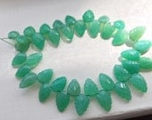 Spectacular Chrysoprase Chalcedony carved leaves 10 pcs