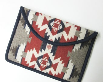 Surface Pro 3 or 4 Laptop Cover Sleeve Case Padded Patriotic Print Wool from Pendleton Oregon Tribal Inspired