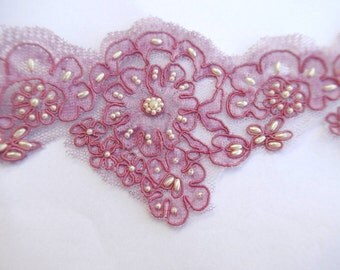 Vintage lace with beads, pink with trim pearl beads, 4inch width, 1 yard