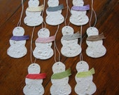 Holiday gift tag - Winter party place card or favor - Plantable paper snowmen with colorful scarves - Winter wonderland - Snow-themed party