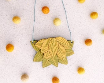 Layered leaves necklace