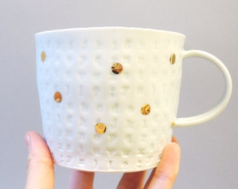 GOLD POLKA - porcelain cup with translucent bottom