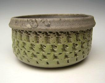 Succulent planter Light Green crackle raku Cactus planter pot Bonsai planter Ceramic pottery planter plant pot 6 x 3 1/4 Free shipping L6