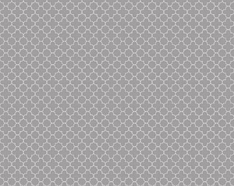 25% OFF Riley Blake Mini Quatrefoil Gray - 1/2 Yard