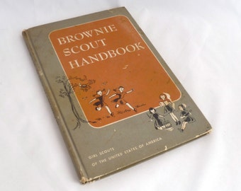 Brownie Scout, vintage handbook, 1960 edition, Girl Scouts USA, Hardcover, 95 pages, Brownie crafts, uniform info, Games, music dancing