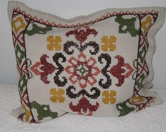 cross stitch pillow . homespun linen pillow case . embroidered homespun pillow case .  German linen pillowcase . 1930s