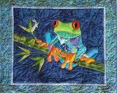 Fiona Fusible Applique Tree Frog