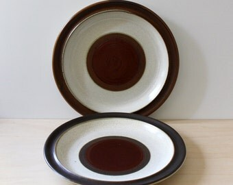 Denby stoneware dinner plates, Potter's Wheel Rust. Made in England.