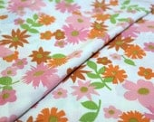 vintage | pink daisies floral twin fitted sheet window curtain