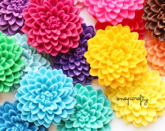 1pc large chrysanthemum resin flower cabochons / flat back cab embellishment / choose 24 colors / pastel rainbow ivory / 32mm / top quality