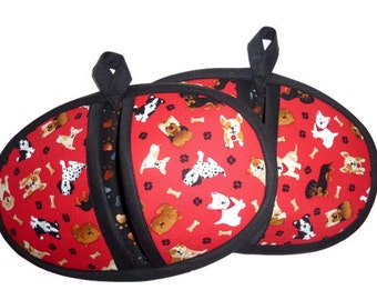 Dog and Puppies Pot Pinchers - Potholders - Red and Black - Set of 2