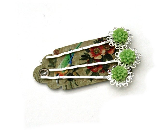 Green Flower Bobby Pins, Green Hair Grips, Girls Hair Accessory, Set of Three