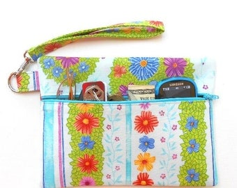 Light Blue Wristlet, Floral Clutch, Cell Phone Wristlet, Zipper Phone Clutch, Small Zipper Pouch, Makeup or Camera Pouch, Small Wrist Purse