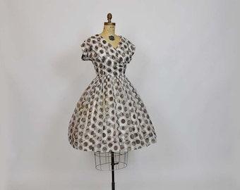 1950s dress / Vintage 50's Polka Dot Full Skirt Dress