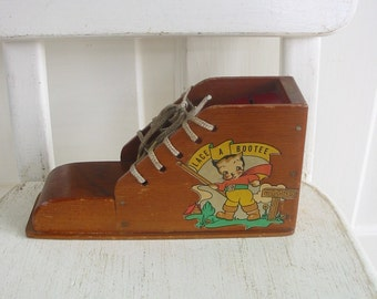 Vintage Wood Lacing Shoe Bank Decal Tie Child