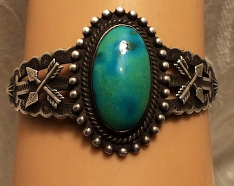 Vintage Fred Harvey Era Turquoise and Sterling Cuff Bracelet Beautiful Robin Egg Blue Lime Sherbet Turquoise Cabochon Possibly Royston (51)