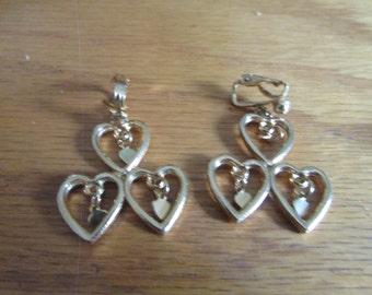 3 heart clips