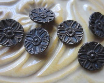 Vintage Buttons - 6 matching Collector molded metal, small Victorian, floral designs  (june 83c)