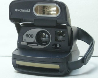Working Vintage Navy Blue Polaroid 600 One Step Camera for Impossible Project 600 Instant Film