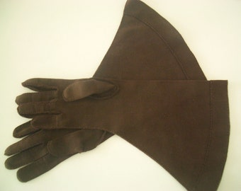 Vintage Lilly Dache Gloves in Brown