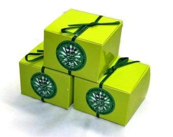 Juniper Breeze Handmade Bath Salts 5oz - fresh scent, lime green box, ribbon, vegan, natural,moisturizing, scented,fragrance,soak,relax,teen