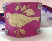 Etched bird cuff women's bracelet pink sealed with resin
