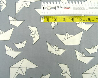 Jersey •  Paper boats on gray • Cotton Jersey Knit Fabric 002534