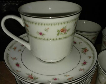 Abingdon fine porcelain china footed tea cup and saucer set vintage 70's rose bud pattern