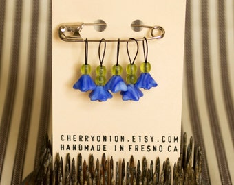 Knitting Stitch Marker, Flower Stitch Markers, Knitting Gift, Floral, Blue, Green, Knitting Accessories, Snagfree Stitch Markers