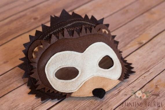 harry die nachtaktiven igel maske f r pretend play kost m. Black Bedroom Furniture Sets. Home Design Ideas