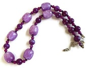 Vintage Purple Swirl Lucite Beads Beaded Necklace