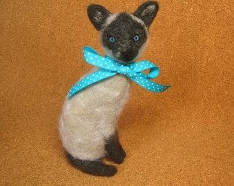 Siamese Cat Needle Felt