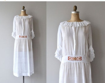 25% OFF.... Trakiya dress | vintage 1920s dress | antique cotton batiste 20s dress