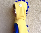 Yellow Dinosaur Cape, Kids Halloween Costume, Dinosaur Costume, Dragon Cape, Pretend Play Costume